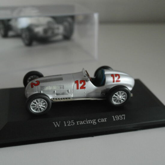 Mercedes-Benz W 125 racing car 1:43 Modell Autó