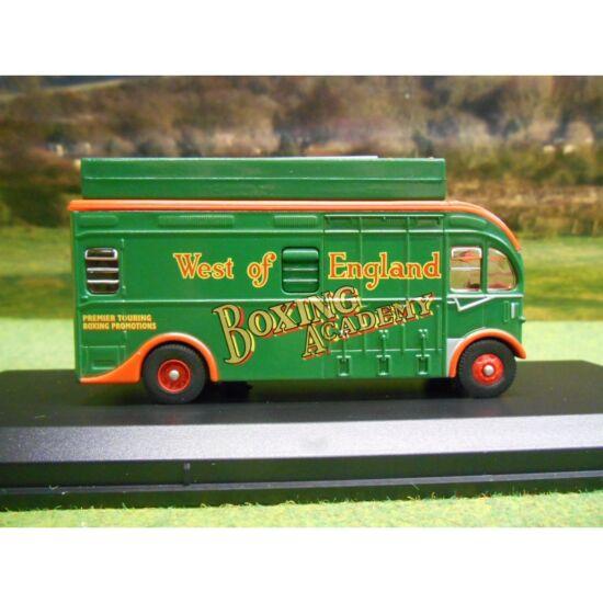 """Harrington Box Van - """"West of England Boxing Academy"""" 1:76 Modell autó"""